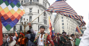 Bolivians march in support of Evo Morales