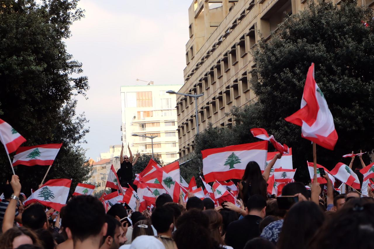 Protesters in Beirut. Photo credit: Shahen Araboghlian.